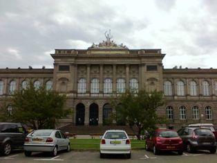 Palais.Universitaire.jpg